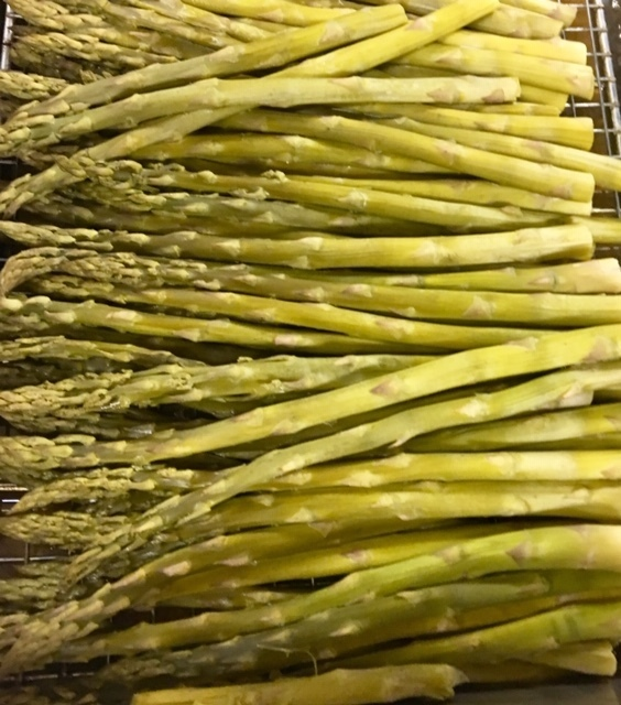 Fresh from the garden-Asparagus for Lunch!
